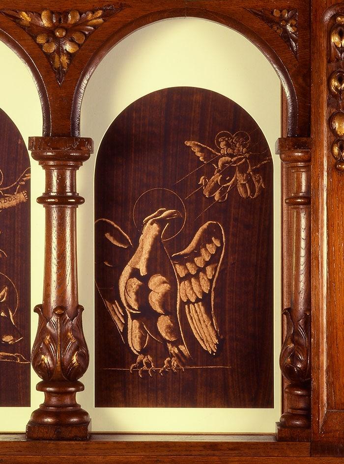 peinture de guillevic représentant l'aigle de saint jean église de larmor-plage